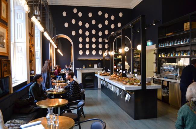 Pennthornes-cafe-bar-somerset-house
